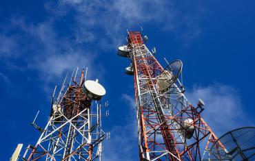Design and licenses for the construction of radio base stations for mobile telephony